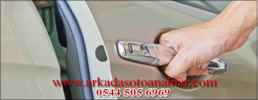 Audi Kapısı Açma